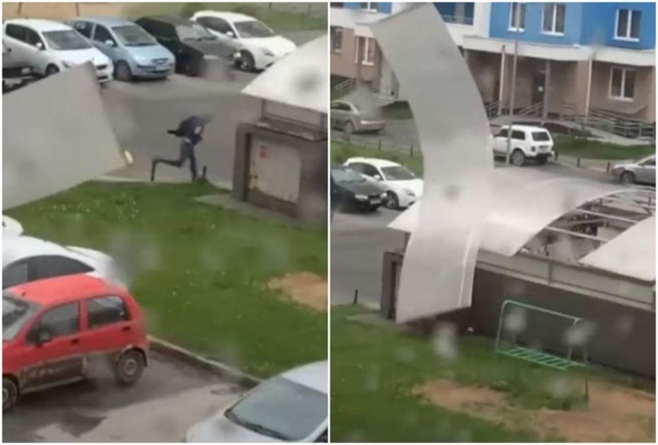 SNAŽAN URAGAN PROTUTNJAO KROZ RUSIJU: Troje stradalo, vetar od 100 km na čas rušio krovove i dizalice (VIDEO)