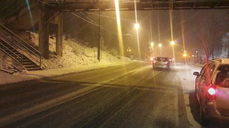 sneg oteŽava saobraĆaj na ovim putnim pravcima u bih su smetovi