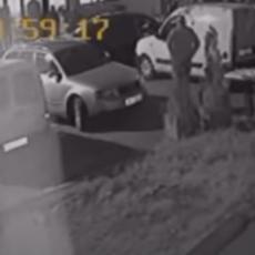 SNIMLJENA LIKVIDACIJA U NOVOM PAZARU! Muškarac ubijen sa više hitaca, krvavi trenutak zabeležila kamera (VIDEO)