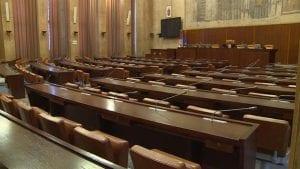 SNS je obesmislila rad u parlamentu
