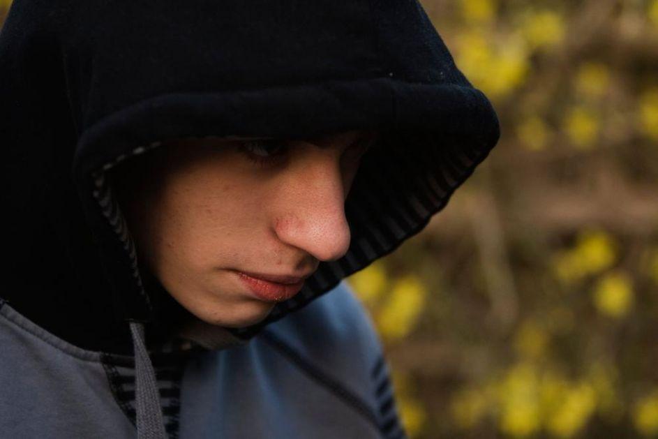 ŠOK ISPOVEST BIVŠEG JEHOVINOG SVEDOKA: Živeo po pravilima, a onda video depresiju, samoubistva i seksualne izopačenosti!