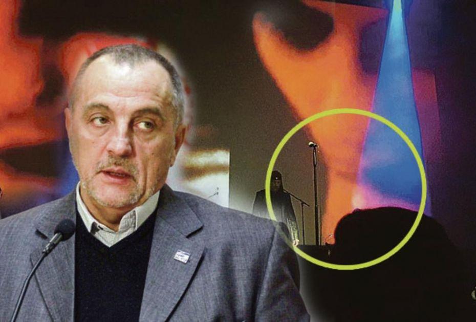 ŠOKIRAO: Zoran Živković objavio fotku oralnog seksa!