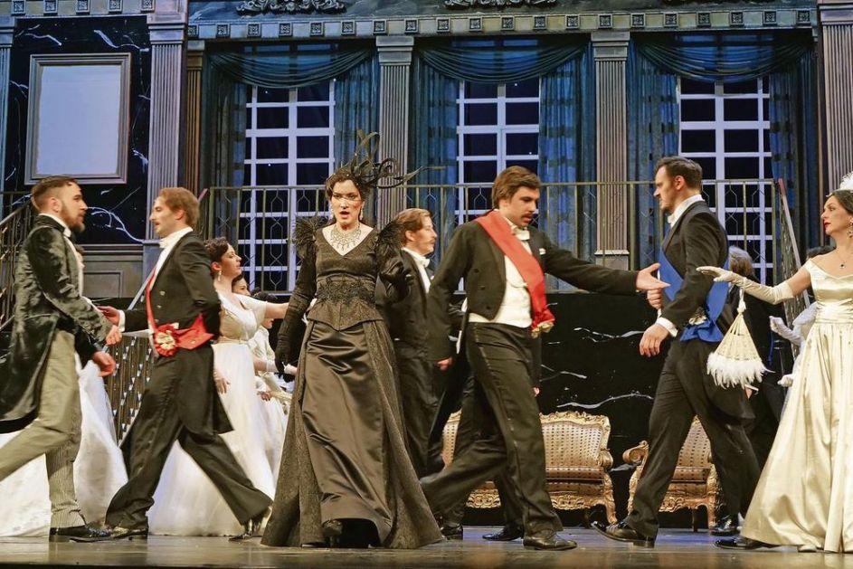 SOPRAN BRANISLAVA PODRUMAC ZA KURIR: Opera je nekada imala zvezde! Danas se pevači bore za uloge