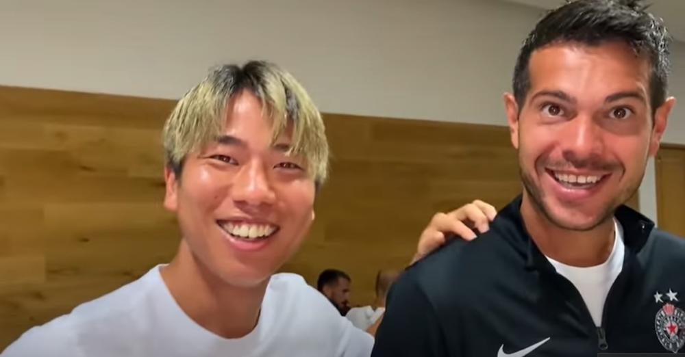 ŠOU NA PRIPREMAMA PARTIZANA NA ZLATIBORU: Asano na japanskom POKUŠAO da intervjuiše igrače Partizana! VIDEO