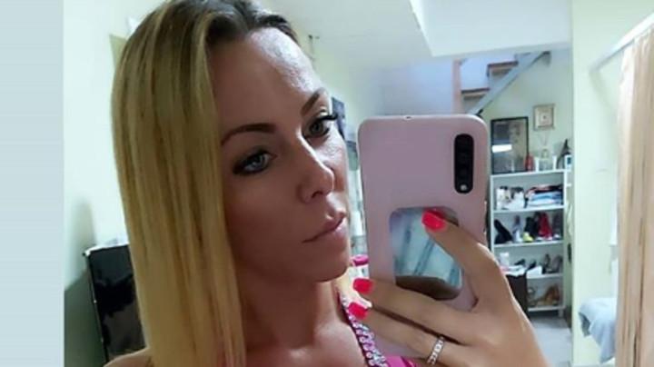SPALE SU TI S*SE Jelena Jevremović odmah odgovorila na RUŽAN KOMENTAR ispod fotke u kupaćem: Hejteru na Instagramu SASULA SVE U LICE (FOTO)