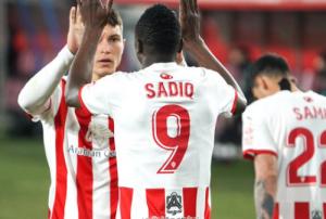 ŠPANCI NAJAVLJUJU BOMBU U SEGUNDI: Finalista Lige šampiona želi Umara Sadika!