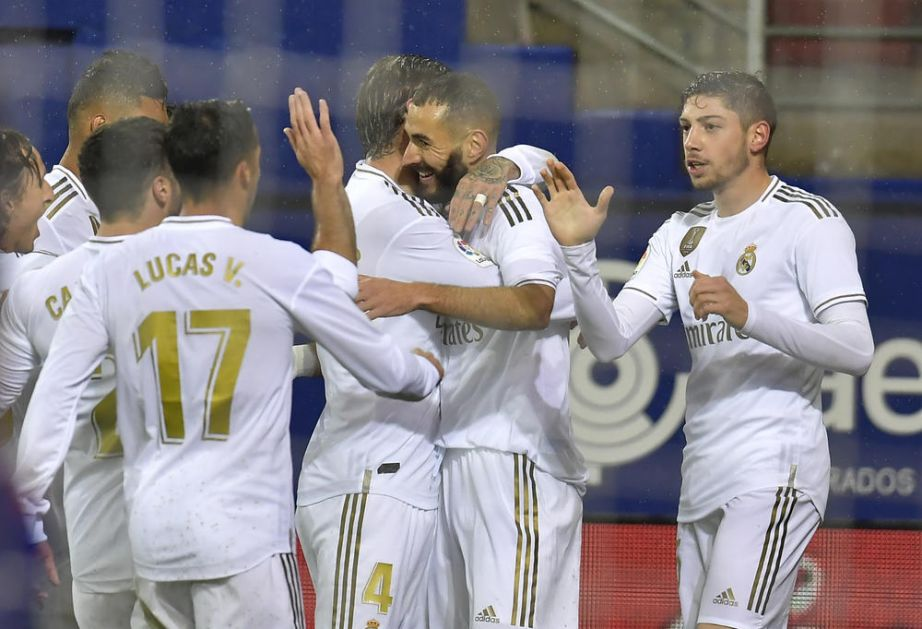 ŠPANSKI GIGANT IPAK SMANJUJE PLATE: Real Madrid se predomislio, fudbaleri će osetiti krizu, zaposleni ne (FOTO)