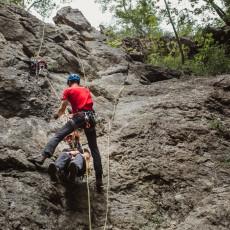 SPAŠEN BICIKLISTA NA FRUŠKOJ GORI: Detalji hrabre akcije Gorske službe spasavanja