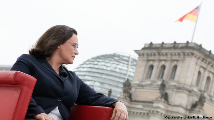 SPD – leva skretanja?