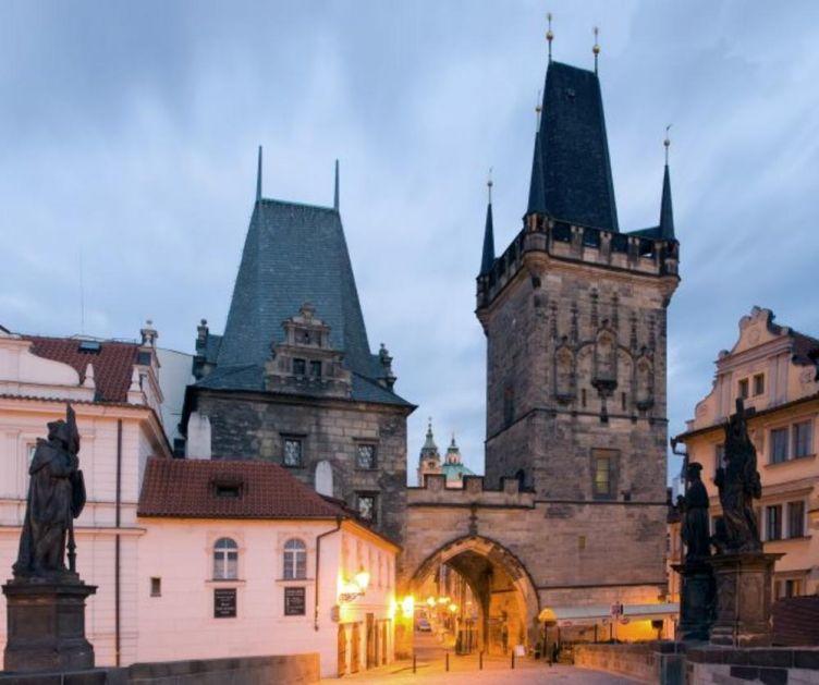 SPORA ALI DOSTIŽNA PRAVDA Romkinjama koje su sterilisane u porođajnim salama bez pristanka u Češkoj biće ponuđena odšteta