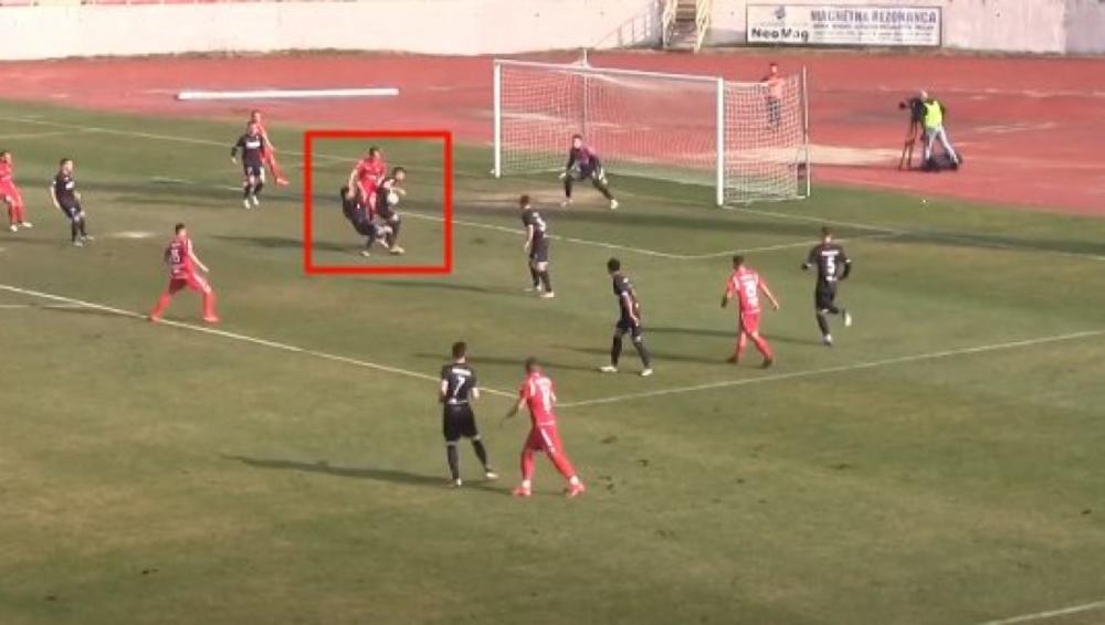 SPORNA SITUACIJA U NIŠU: Da li su fudbaleri Radničkog oštećeni za nedosuđeni penal!?