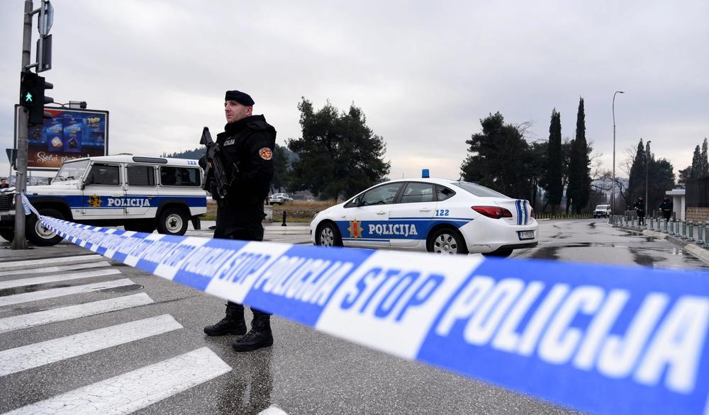 SPREČILI TRAGEDIJU: Policija u Podgorici deaktivirala eksplozivnu napravu u dvorištu kuće!