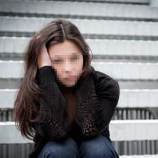 SRAMNA PRESUDA ZA NASTAVNIKA FIZIČKOG: Dve godine seksualno zlostavljao učenicu (13)!