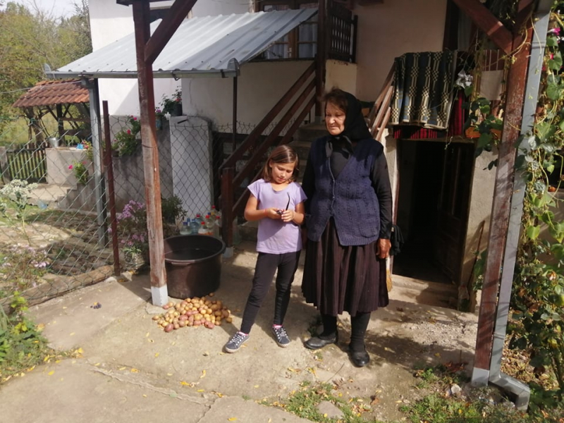 SRBI ZA SRBE u akciji pomoći SESTRAMA JOVANOVIĆ