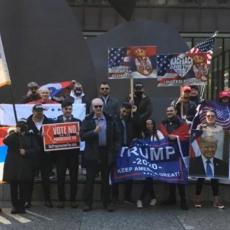 SRBI ZA TRAMPA: Održan miting u centru Čikaga (VIDEO)