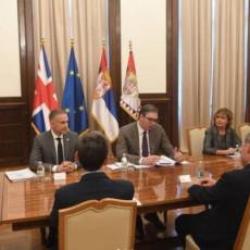 SRBIJA ĆE BITI ČVRST OSLONAC ZA MIRAN I STABILAN BALKAN: Predsednik Vučić se sastao sa ministrom odbrane UK (FOTO)