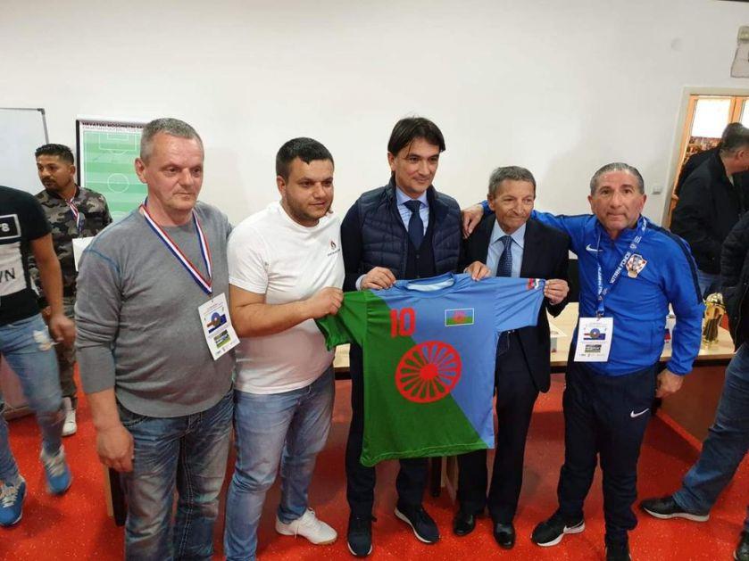 SRBIJA U HRVATSKOJ: Zlatko Dalić uz naše Rome na fudbalskom turniru u Zagrebu!