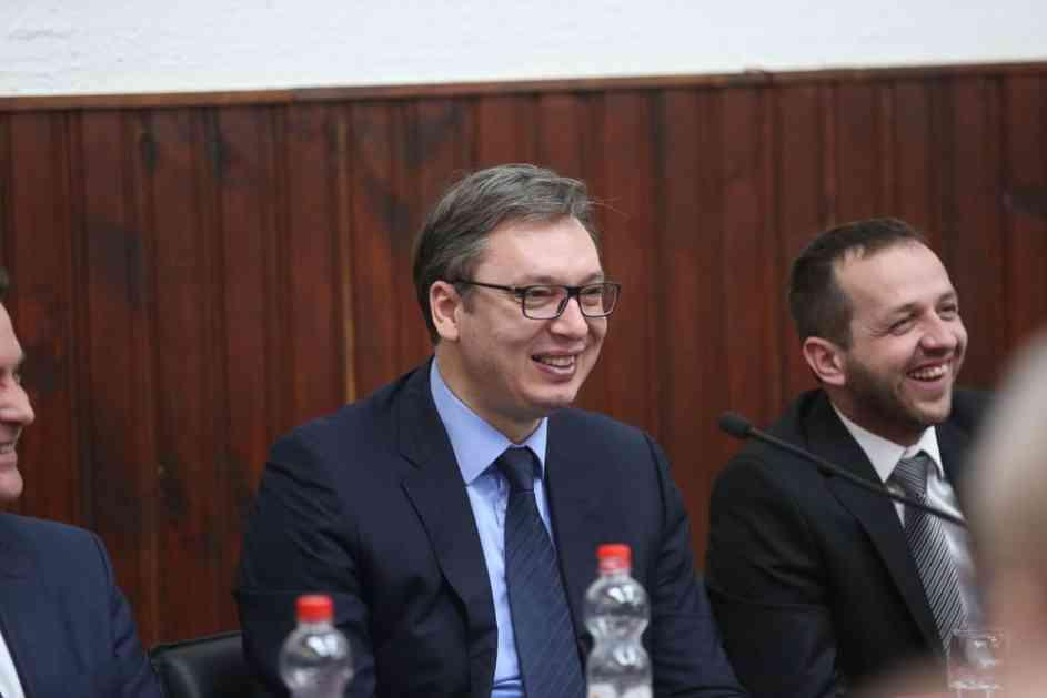 SRBIN IZ VOJNIĆA VUČIĆU: Bilo bi bolje da ste navijač Partizana