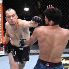 SRBIN PREBIO AMERIKANCA NA UFC DEBIJU: Nokaut posle 48 zadatih udaraca, uz to bez primljenog (VIDEO)