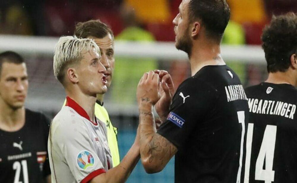SRBIN STRADAO ZBOG VREĐANJA: Arnautović suspendovan na jednu utakmicu
