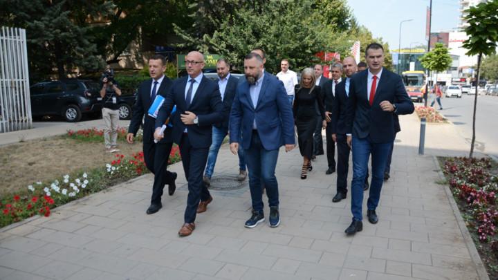 SRPSKA LISTA: CIK odlukom onemogućio Srbima da biraju predstavnike