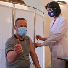 ŠTA JE NAJBOLJA ZAŠTITA OD KORONE? Ivanuša uputio snažnu poruku svima, srpska organizacija vakcinacije odlična!
