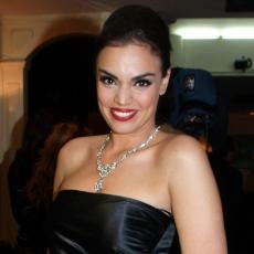 ŠTA ONI SVE RADE DOK GLEDAJU MOJE SLIKE... Glumica Sofija Rajović priznala da voli sve svoje bivše!