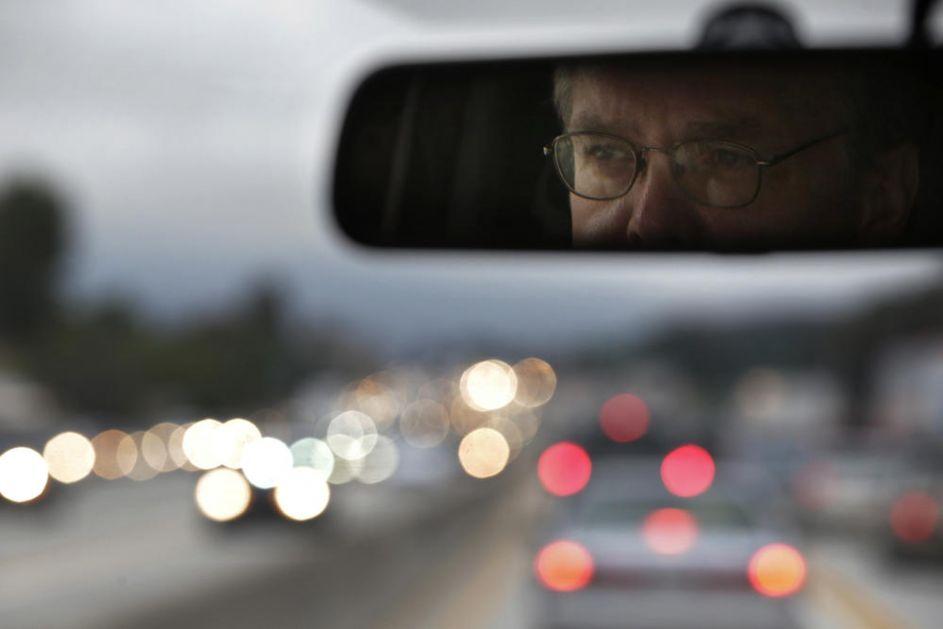 STANJE NA PUTEVIMA: Saobraćaj umeren, nema zastoja, oprez zbog mokrih kolovoza