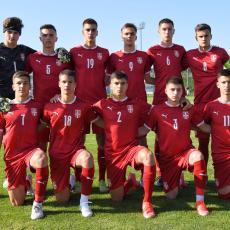 STANKOVIĆ GLEDAO STANKOVIĆA: Srbija ubedljiva protiv Bugarske, trener Zvezde podržao sina (FOTO)