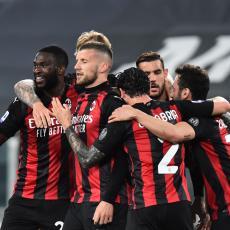 STARA DAMA ZA STARAČKI DOM: Pioli podsetio na Sakija, Milan napunio Juventusovu mrežu! Liga šampiona pred vratima (VIDEO)