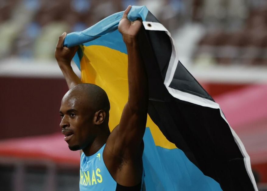 STIVEN NAJBRŽI U FINIŠU: Gardiner doneo Bahamima olimpijsko zlato na 400 metara