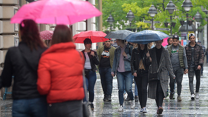 STIŽE NAM HLADNI TALAS: Posle letnjih temperatura, Srbiju će zahvatiti obilni pljuskovi, jak vetar, a očekuje se i do 10 STEPENI MANJE