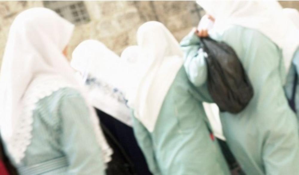 STOP BURKAMA U AUSTRIJI: Parlament zabranio u osnovnim školama pokrivanje iz verskih razloga!