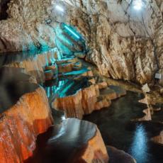 STOPIĆA PEĆINA JEDAN OD NAJPOSEĆENIJIH LOKALITETA U SRBIJI: Dnevno poseti 2.000 gostiju ovu turisitičku atrakciju