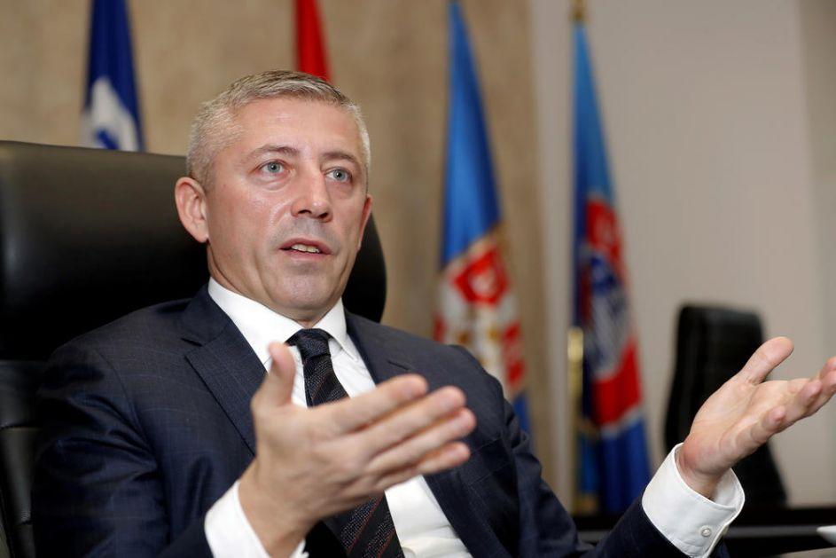 STRAH VAS JE ZBOG PLUĆA I BORBE ZA VAZDUH: Slaviša Kokeza o pobedi nad koronom
