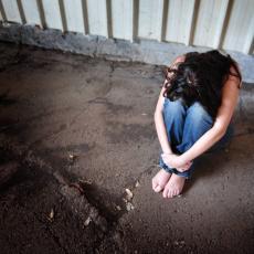 STRAVA U BOGATIĆU: Mladić (28) silovao devojčicu (13) na proslavi punoletstva