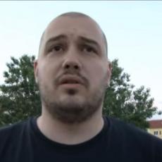 STRAVIČAN NAPAD NA POZNATOG RADIJSKOG VODITELJA: Presreli ga u blizini škole, isprskali mu suzavac u oči, pa ga tukli šipkom
