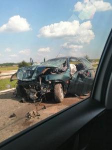 STRAVIČAN SUDAR NA AUTO-PUTU Dečak (11) poginuo, devojčici (8) se bore za život (FOTO)