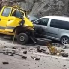 STRAVIČAN SUDAR NA PUTU DANILOVGRAD - NIKŠIĆ: U sudaru više vozila poginuo mladić (29) (VIDEO)
