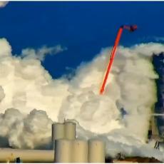 STRAVIČNA EKSPLOZIJA: Svemirski brod RAZNESEN tokom testiranja (FOTO, VIDEO)