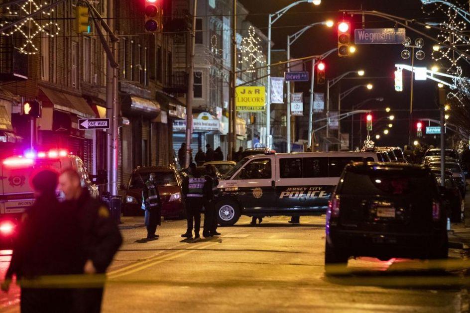 STRAVIČNA PUCNJAVA U NJU DŽERZIJU: Ima mrtvih i povređenih! Razmena vatre između policije i napadača trajala više sati!