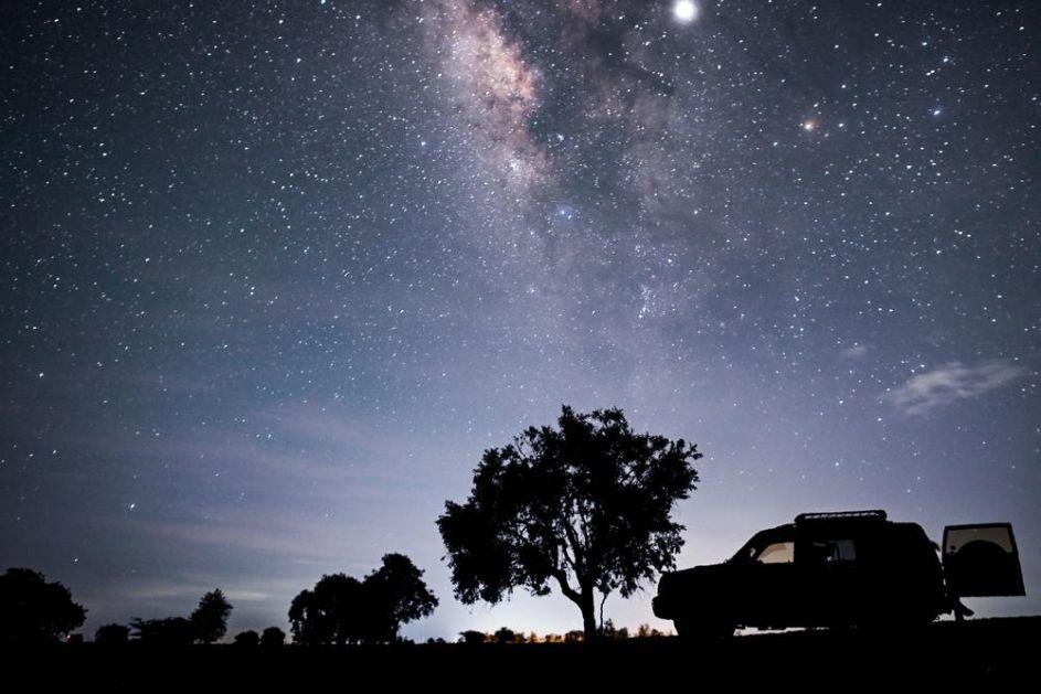 SUDAR JE VEĆ POČEO, OVO ĆE BITI KRAJ NAŠE GALAKSIJE: Mlečni put i Magelanov oblak već stvaraju nove zvezde!