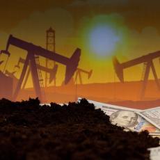 SUNOVRAT AMERIČKIH REZERVI NAFTE: Korona nastavlja da drma ekonomiju SAD, skočila cena crnog zlata