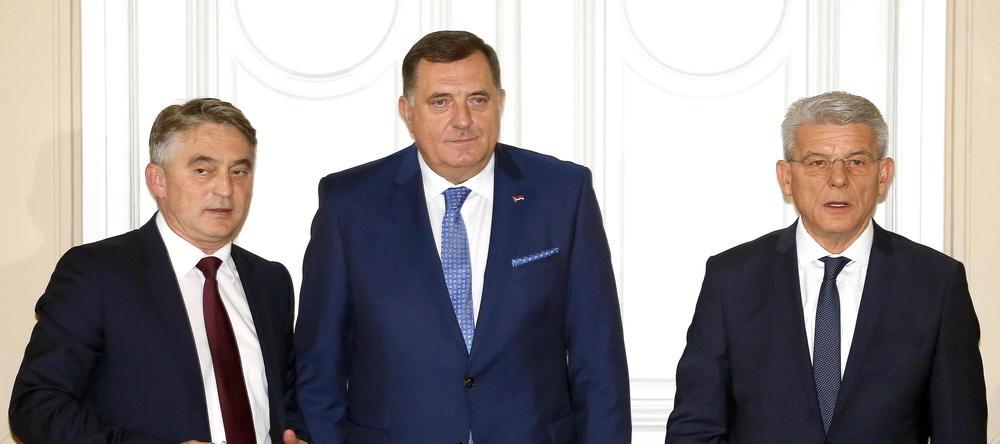 SUSTER SA PAHOROM I NIZ DRUGIH SASTANAKA: Tročlano Predsedništvo BiH u dvodnevnoj poseti Sloveniji (FOTO)