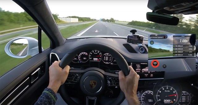 SUV-om po Autobanu 330 na sat VIDEO
