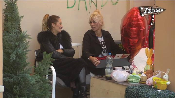 SUZANA U ŠOLJI ZA KAFU VIDELA SRCE: Perovićeva se prisećala TRENUTAKA sa Mikijem, pa priznala Zlati šta je najviše volela da joj kaže! (VIDEO)