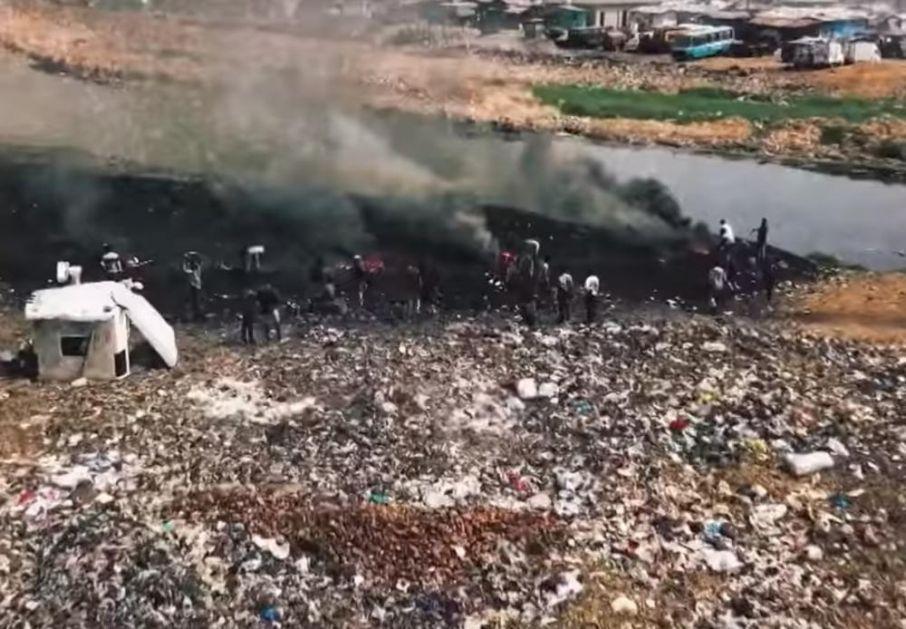 SVA BEDA AFRIKE U JEDNOM SNIMKU: Bogate zemlje tamo šalju svoj otpad, siromašni ga sakupljaju i umiru OD KONTAMINACIJE!