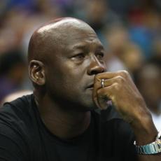 SVE NJEGOVO VREDI: Ulaznica prve Džordanove utakmice u NBA prodata za 25.000 dolara
