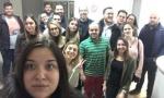 SVE VEĆI HAOS U DS: Omladinci se organizovali i zauzeli centralu stranke!