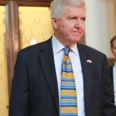 SVE ZAVISI OD VAS Američki ambasador Skot o pritiscima na Srbiju i kompromisnom rešenju kosovskog pitanja